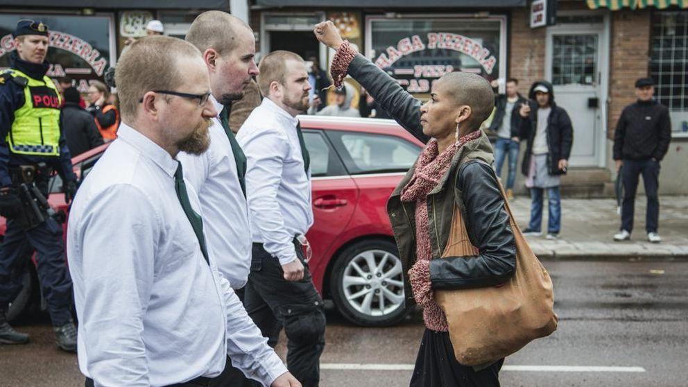 Tess Asplund, la mujer negra que se ha enfrentado a 300 neonazis suecos