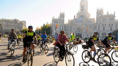 Carmena triplicará los policías en bici para hacer un Cuerpo más ecológico