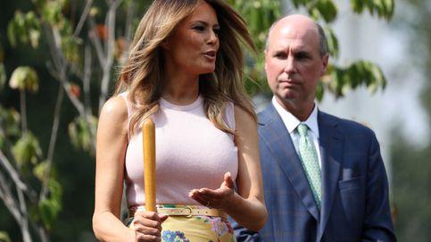 ¿Jardinera o enterradora? Melania Trump y su look de 3.295 euros con doble lectura