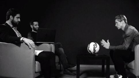 Torres a Carlos Matallanas: Yo sólo juego al fútbol; tú haces que nos superemos