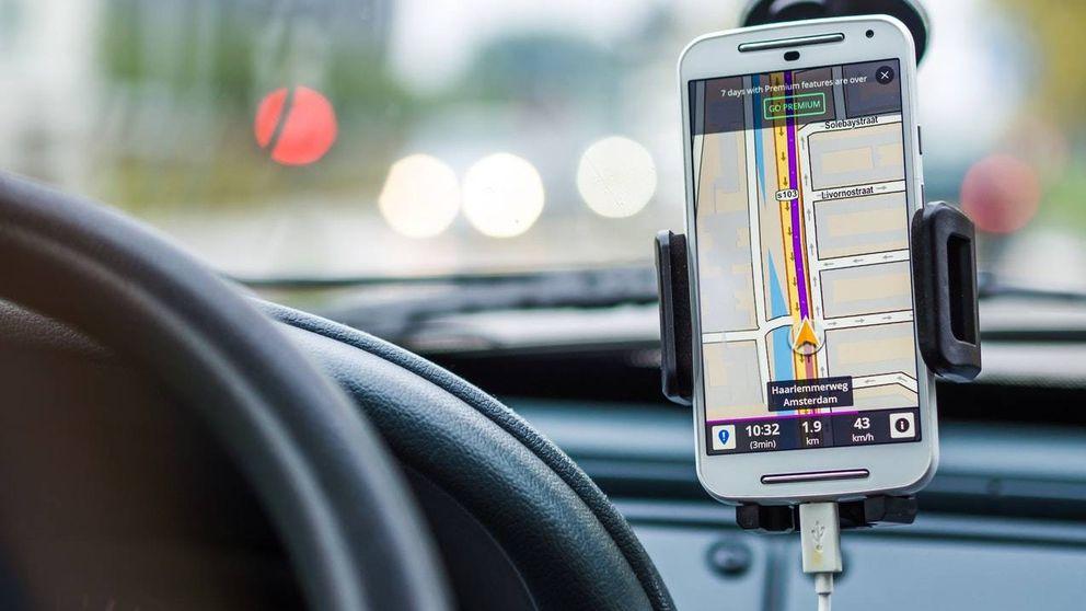 Diez dispositivos y 'apps' que tienes que usar si vas a viajar en coche este verano