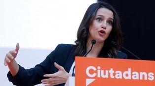 CIS catalán: salmorejo y butifarra, la receta de Arrimadas para ser presidenta