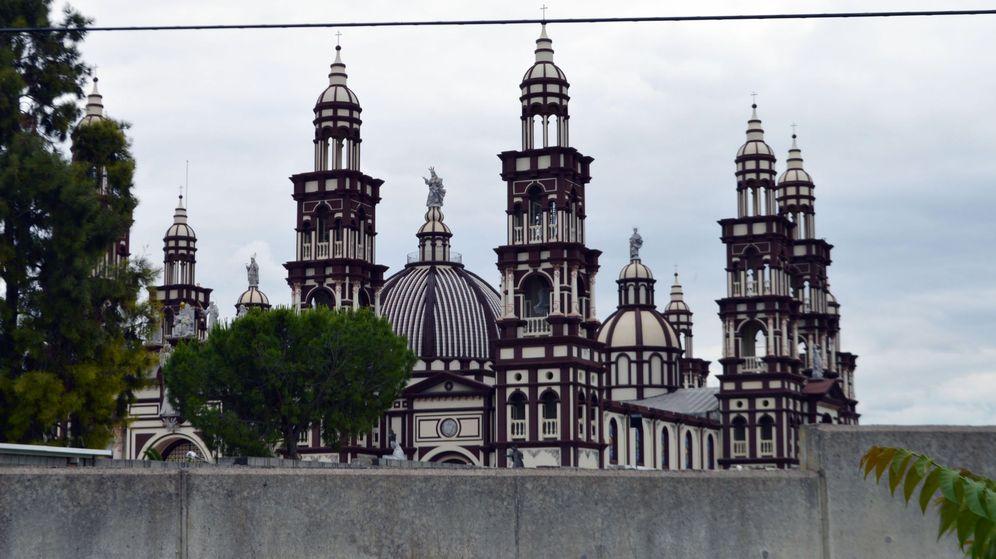 Foto: Basílica del Palmar de Troya en la provincia de Sevilla. (EFE)