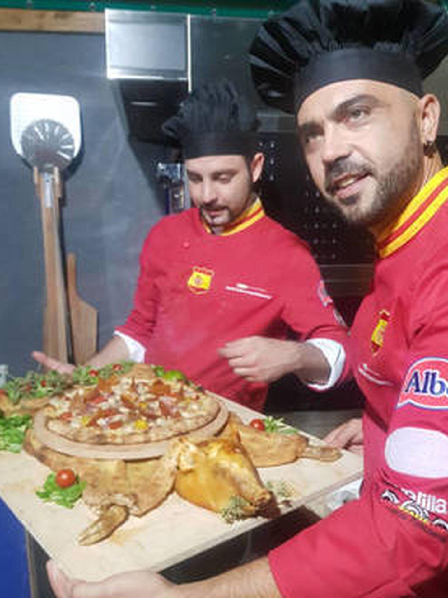 Miembros del equipo de la selección española de pizza.