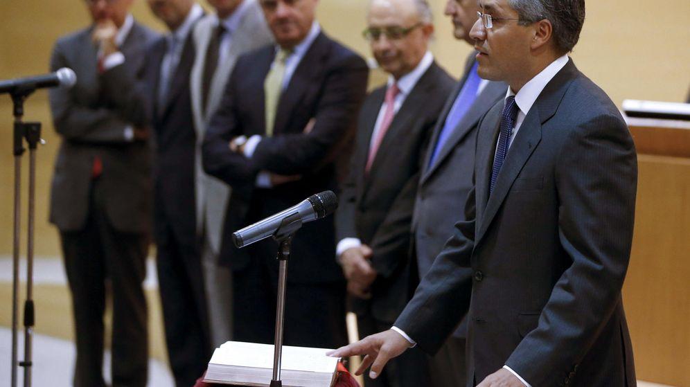Foto: Fotografía de archivo de José María Fernández Rodríguez en su toma de posesión del cargo de Director General del Tesoro. (EFE)