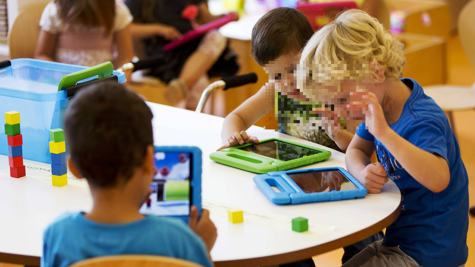 Foto: Unos niños en una escuela infantil en Sneek, Holanda. (Reuters)