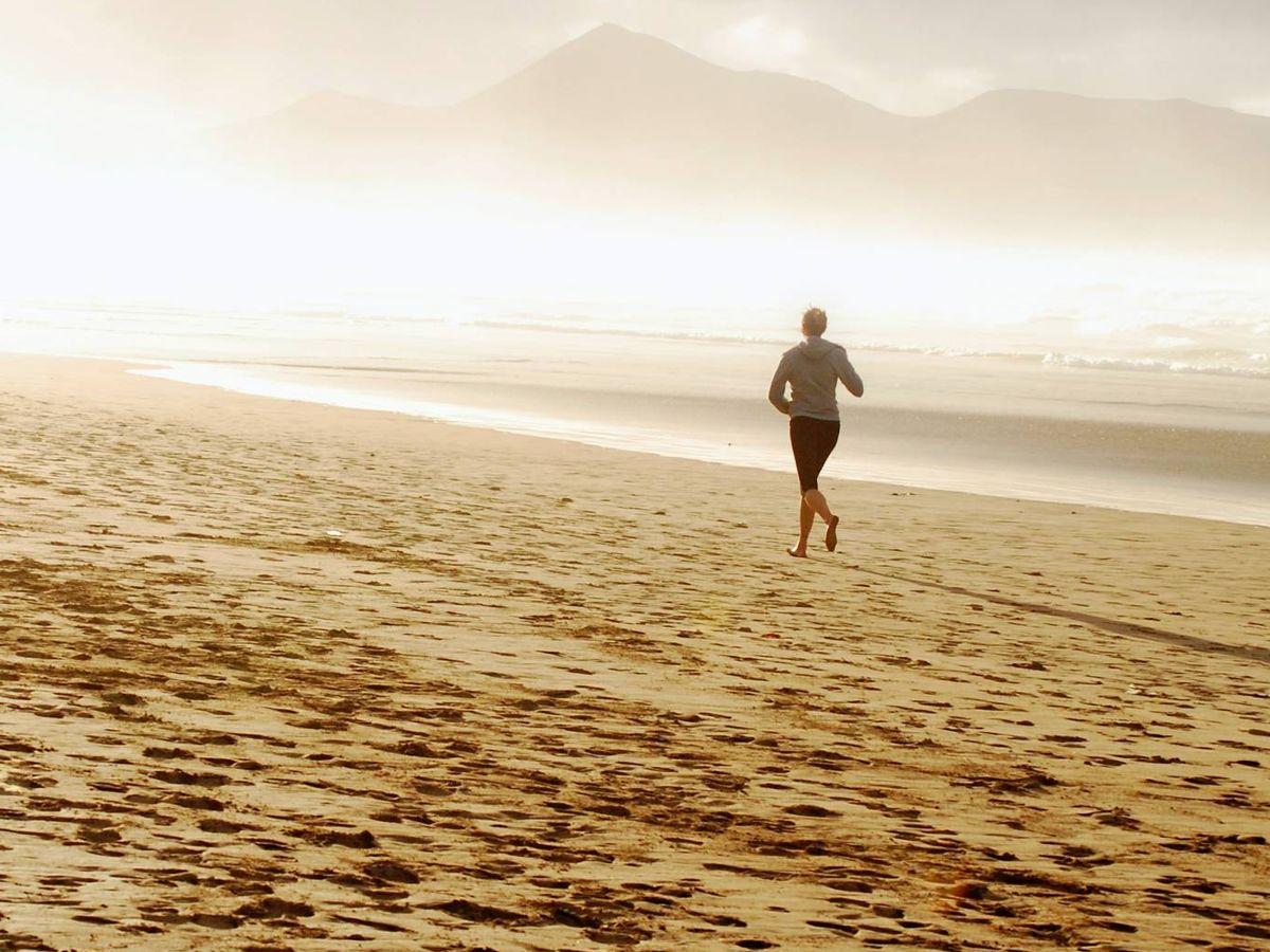 Foto: Consejos para correr por la playa. (Óscar Aguilar Elías para Unsplash)