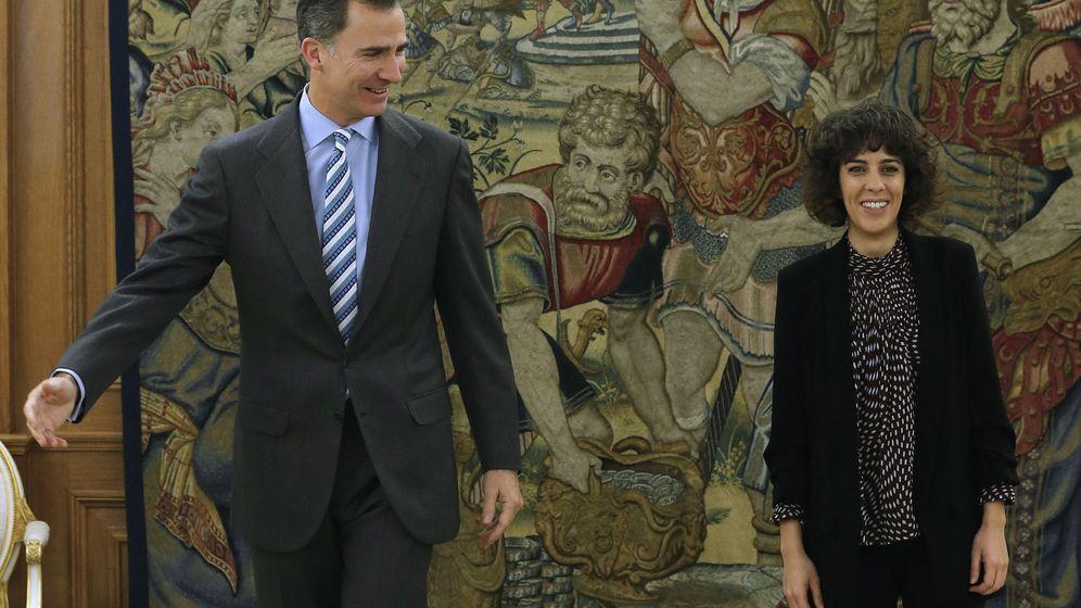 Foto: El Rey recibe en la Zarzuela a la portavoz de En Marea, Alexandra Fernández. (EFE)