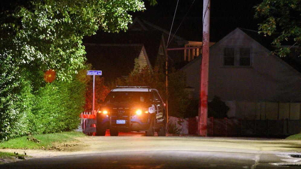 Foto: Un vehículo de la policía cerca del lugar donde ha muerto la nieta de Bobby Kennedy. (Reuters)