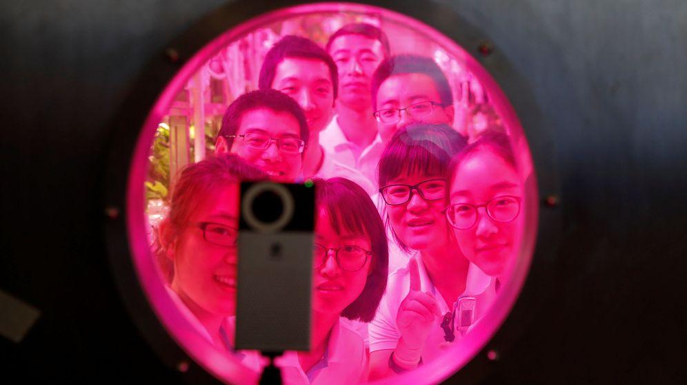Foto: Los voluntarios chinos que formaron parte de la primera fase del experimento. (Reuters)