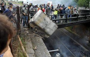 Los pueblos mineros contra Hunosa por el cierre de sus 14 economatos
