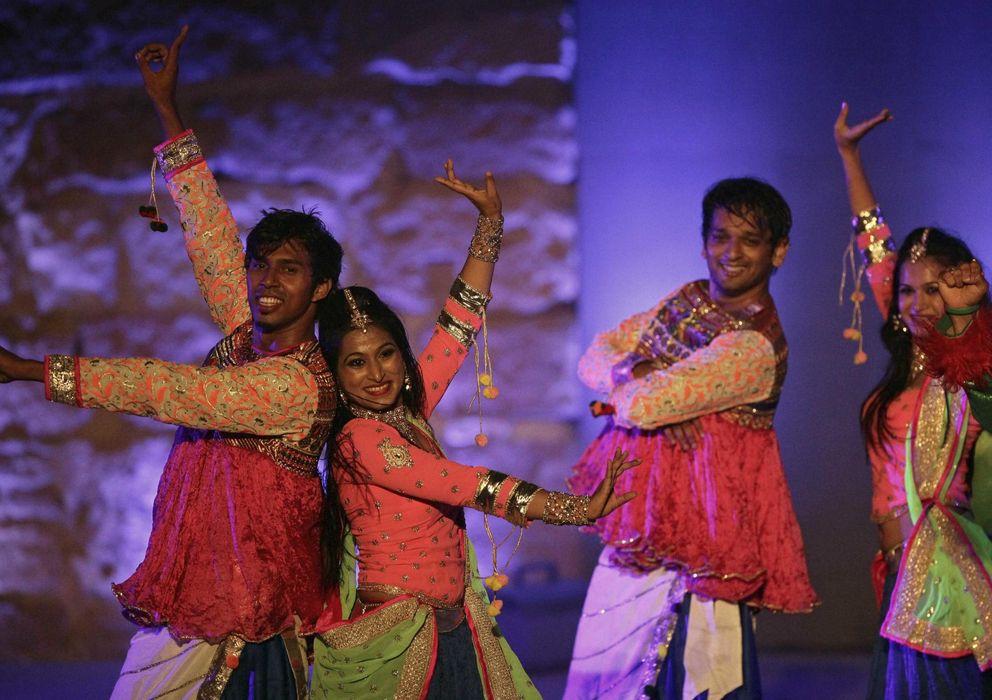 Foto: Danza india 'Bollywood express' (EFE)