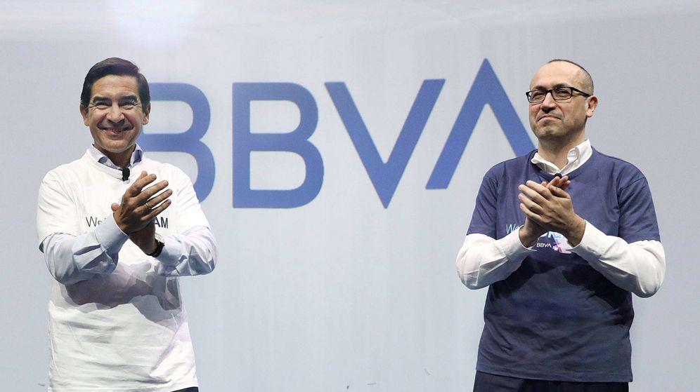 Foto: Carlos Torres, presidente de BBVA, y Onur Genç, consejero delegado. (BBVA)
