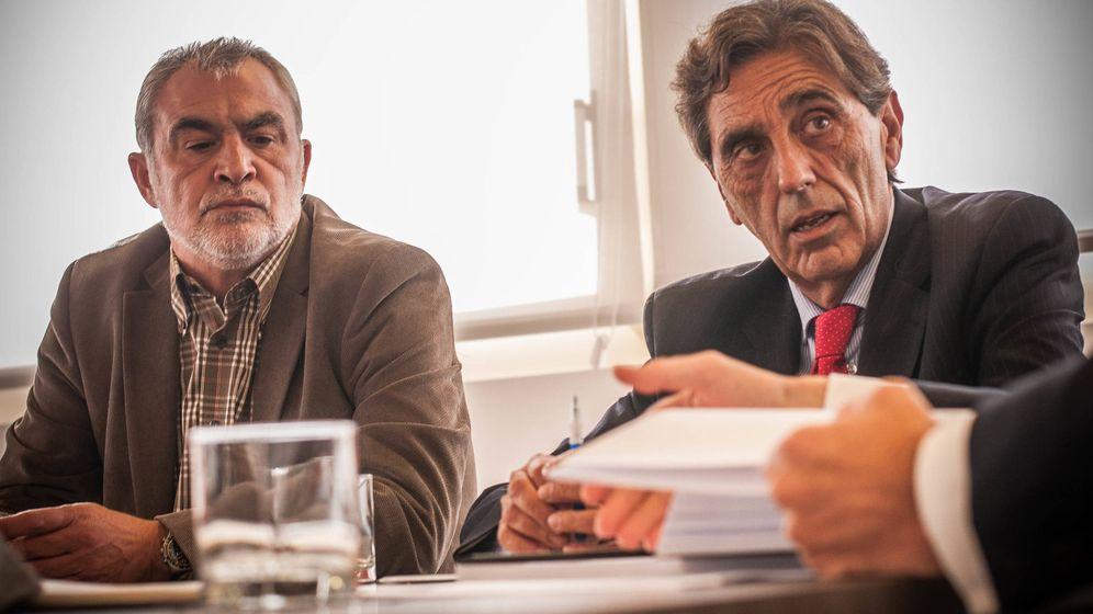 Foto: José Luis Villa, presidente de la plataforma, y el abogado Felipe Izquierdo