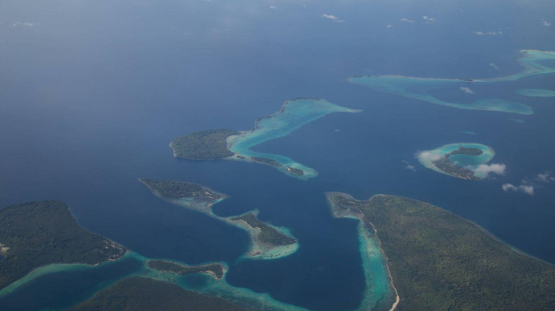 Hallan 101 bombas de la Segunda Guerra al ir a cavar una letrina en las Islas Salomón