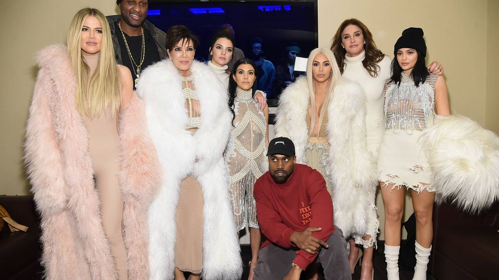 Foto: La familia Kardashian-Jenner al completo en 2016. (Getty)