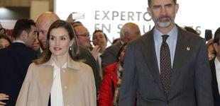 Post de La Reina Letizia se echa el abrigo y algunos años encima en Agroexpo