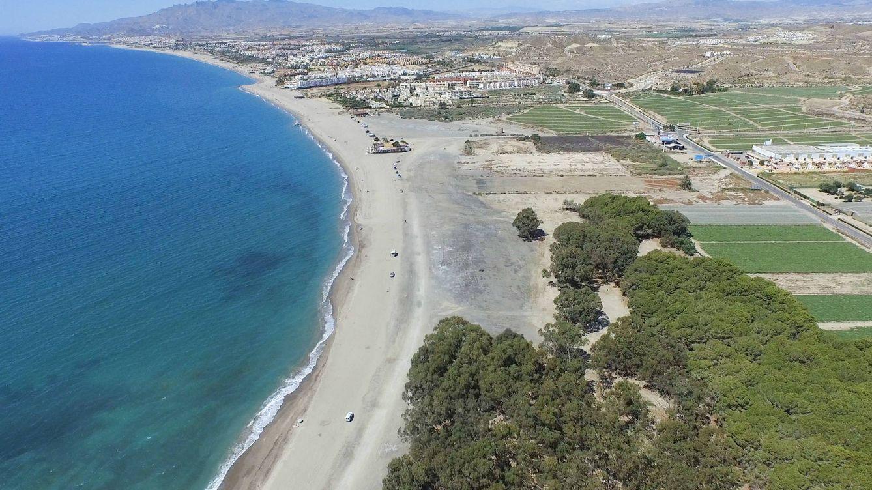 Foto: Playa del Marqués o Playa de Quitapellejos en Palomares, Almería.