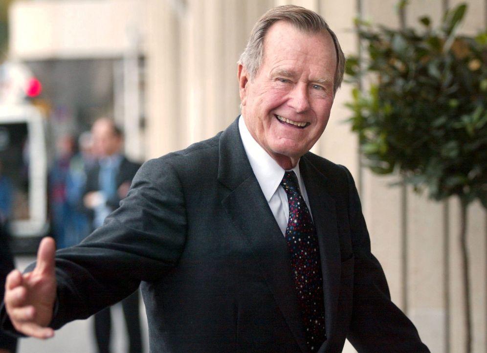 Foto: George H. W. Bush en una imagen de 2002. (EFE)