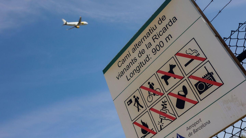 Aspecto del aeropuerto de Barcelona, este jueves.