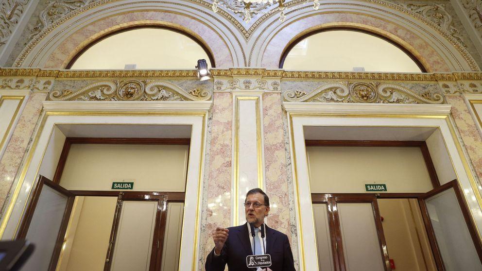 Rajoy acomete otra ronda de contactos para salvar la investidura en agosto