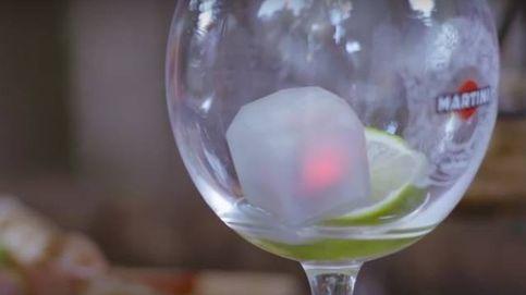 El cubito de hielo inteligente que avisa al camarero cuando se te acaba la copa