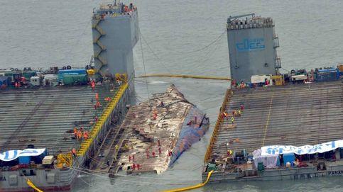 La tragedia del Sewol: así se reflota un gigantesco ferry hundido