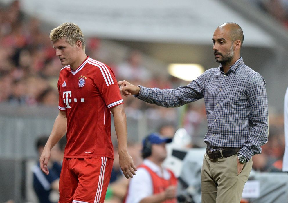 Foto: Guardiola junto a Kroos la temporada pasada (Imago).