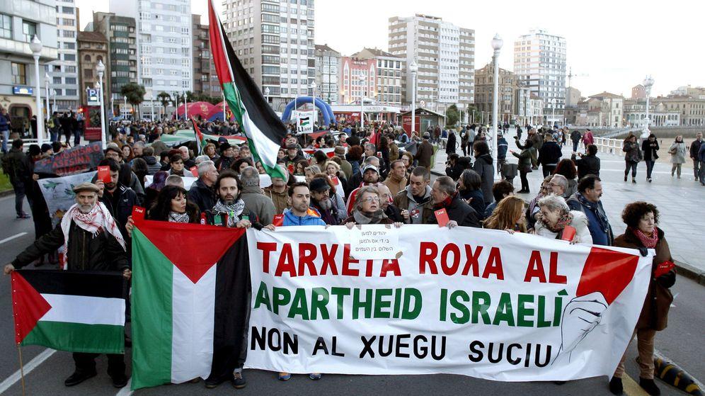 Foto: La cabeza de la manifestación contra el Apartheid israelí. (EFE)