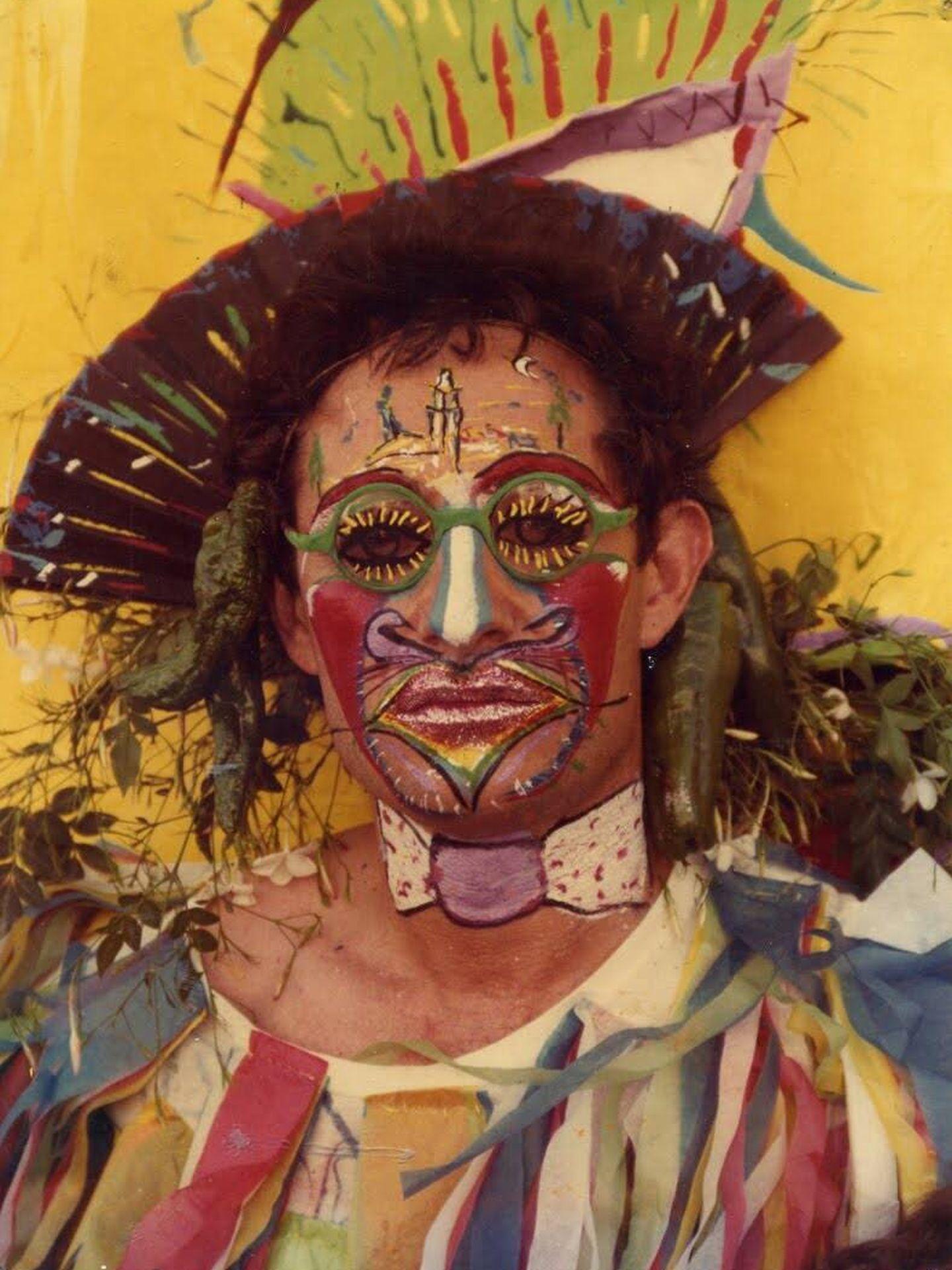 Ocaña disfrazado de sol en 1983