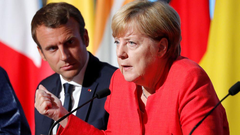Foto: La canciller alemana, Angela Merkel, y el presidente de Francia Emmanuel Macron. (Reuters)