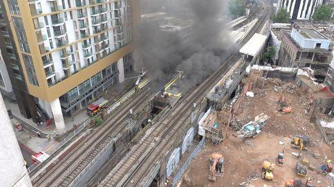 Declarado un gran incendio cerca de la estación Elephant and Castle de Londres