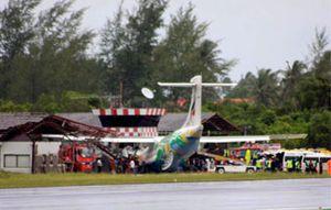 Dos españoles salen ilesos de un accidente de avión en Tailandia