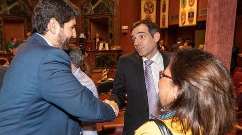 Cs niega contactos con parlamentarios de Vox para que apoyen la moción en Murcia
