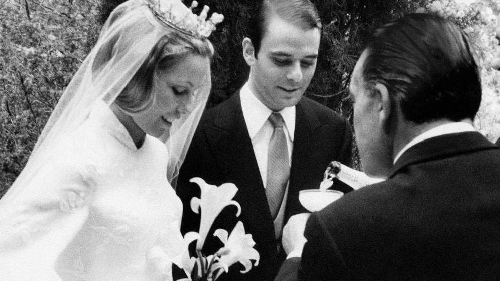 Foto:  Anna Gamazo y Juan Abelló, el día de su boda en El Quexigal. (Getty)