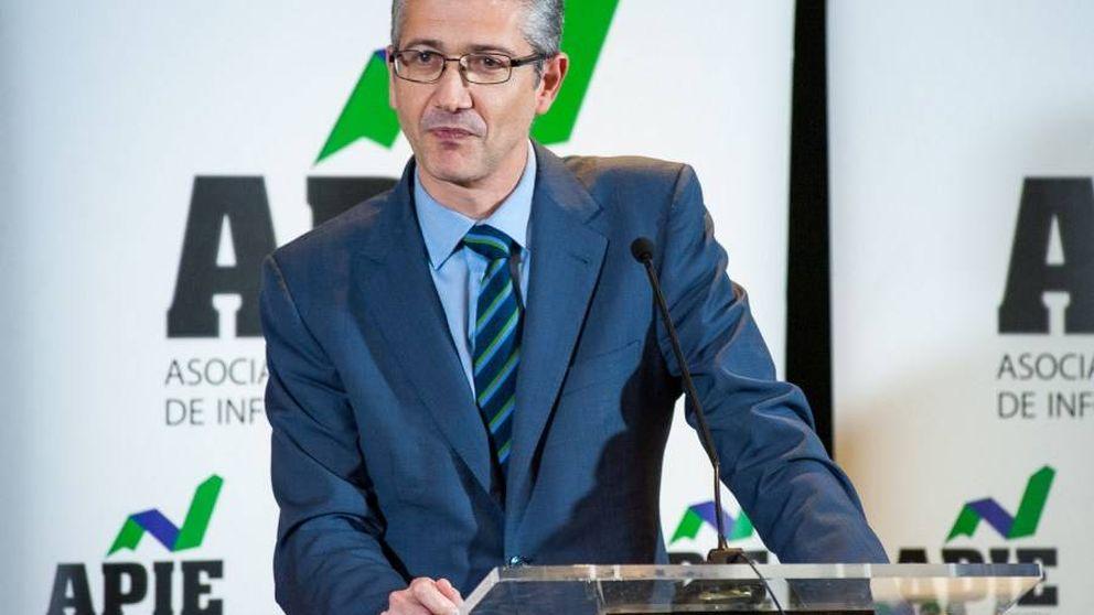 El Banco de España ve margen para más fusiones y pide prudencia con los dividendos