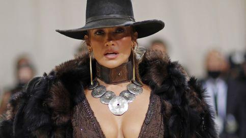 Por qué Beyoncé y JLo están sacando la artillería pesada de estilo