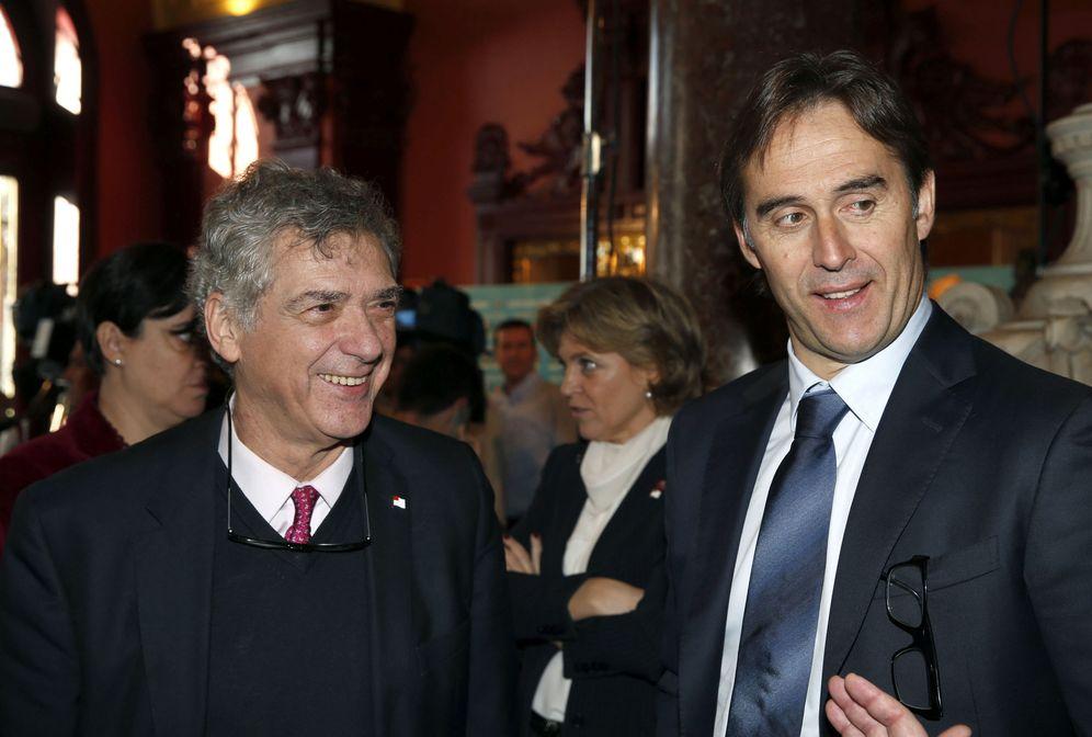 Foto: Ángel María Villar junto a Julen Lopetegui (EFE)