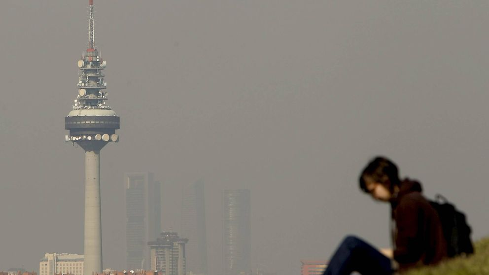 Madrid activa mañana el nivel 2 de contaminación: no se podrá aparcar