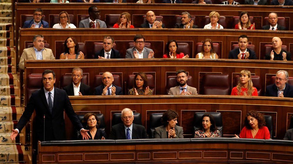 Foto: Pedro Sánchez, durante la sesión de control al Gobierno de este miércoles. (EFE)
