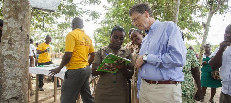 Foto: Bill Gates en Acra, Ganha. (Fundación Bill y Melinda Gates)