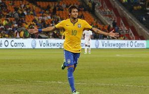 Neymar 'espabila' al firmar un triple a 8.000 kilómetros de Barcelona