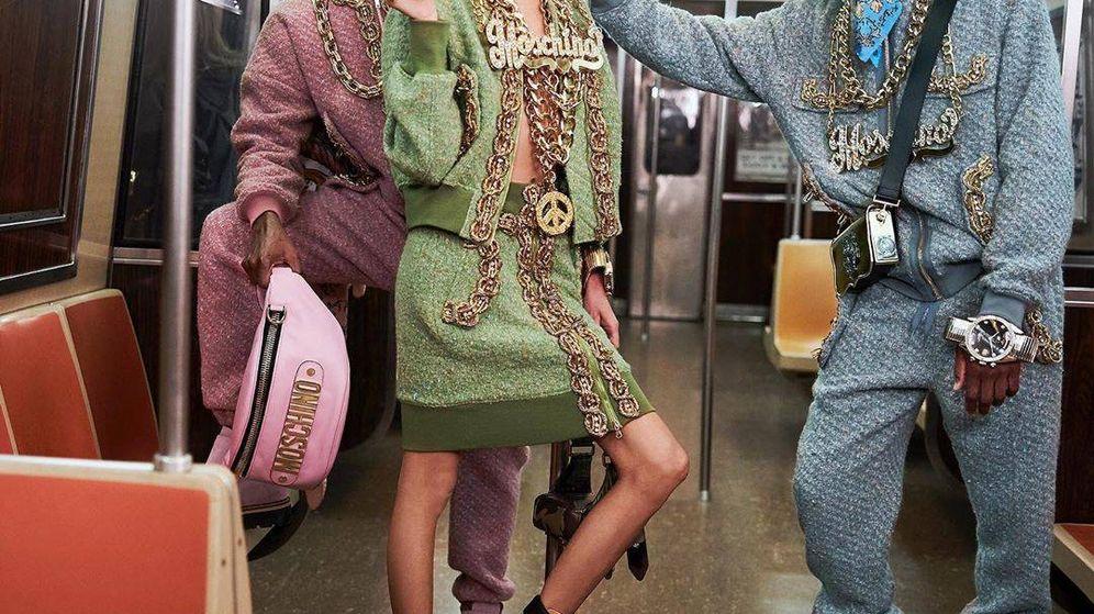 Foto: El último desfile de Moschino, en el metro de Nueva York. (Instagram)