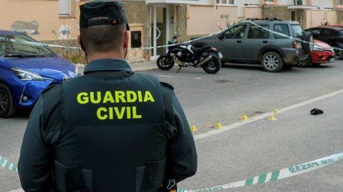Un registro de la Guardia Civil en Alhaurín el Grande acaba en tiroteo con el investigado