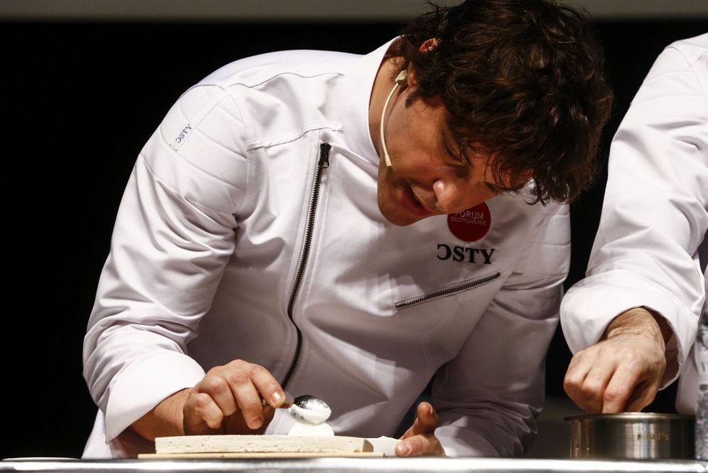 Foto: El cocinero del restaurante Àbac y popular presentador de televisión Jordi Cruz. (EFE)
