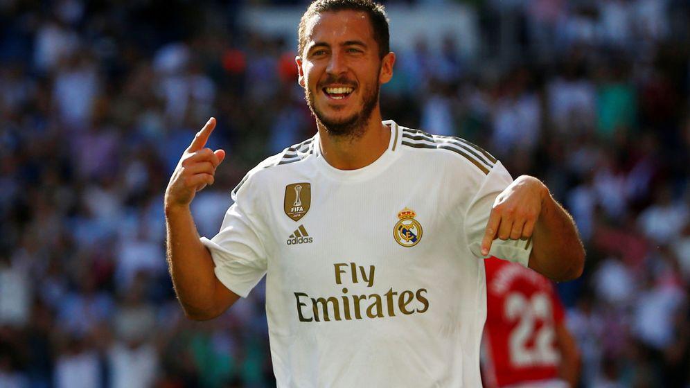 Foto: Eden Hazard celebra el gol al Granada en el partido de Liga disputado en el Bernabéu. (EFE)