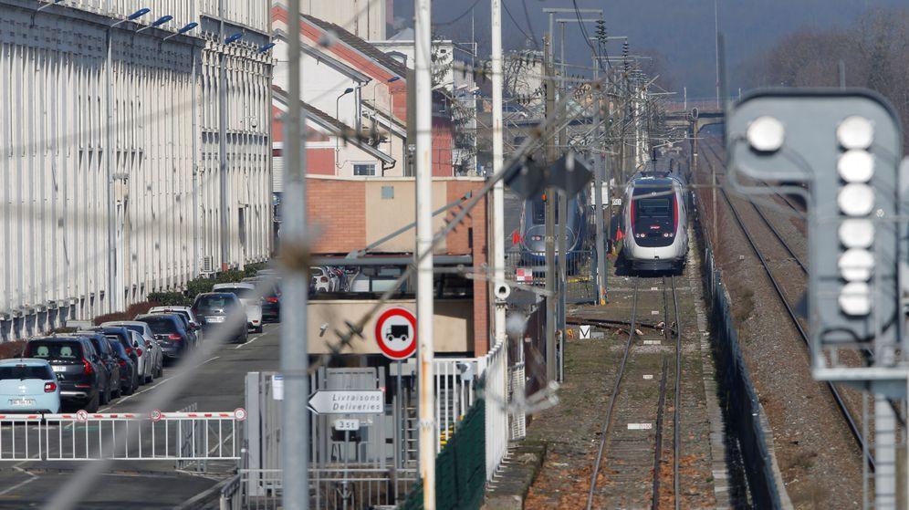 Foto: Un tren TGV de alta velocidad, en una fábrica de Alstom. (Reuters)