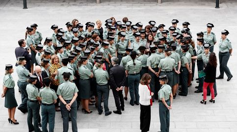 La Guardia Civil licita 200 chalecos antibalas 'femeninos'