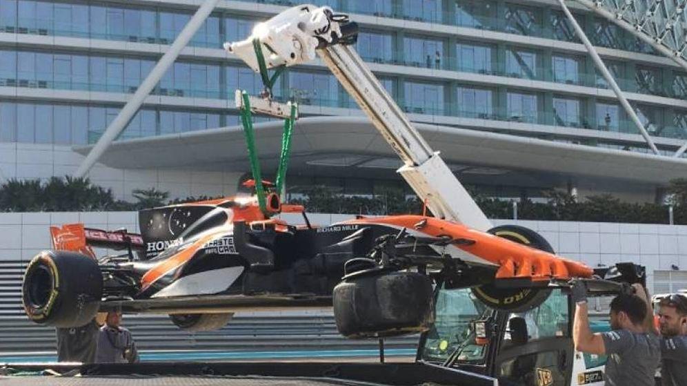 Foto: El McLaren MCL32 de Fernando Alonso, este martes en Abu Dabi.