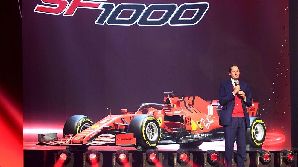 Foto: John Elkkan, presidente de Ferrari, en la pasada presentación de su coche de Fórmula 1 para 2020. (EFE)